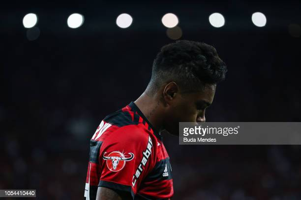 Vitinho of Flamengo reacts during a match between Flamengo and Palmeiras as part of Brasileirao Series A 2018 at Maracana Stadium on October 27 2018...