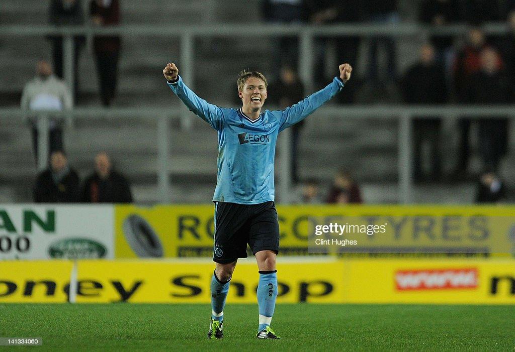 Liverpool U19 v Ajax U19 - NextGen Series