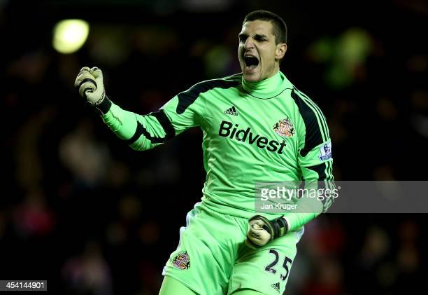 Vito Mannone Goalkeeper of Sunderland celebrates the first goal by team mate Adam Johnson during the Barclays Premier League match between Sunderland...