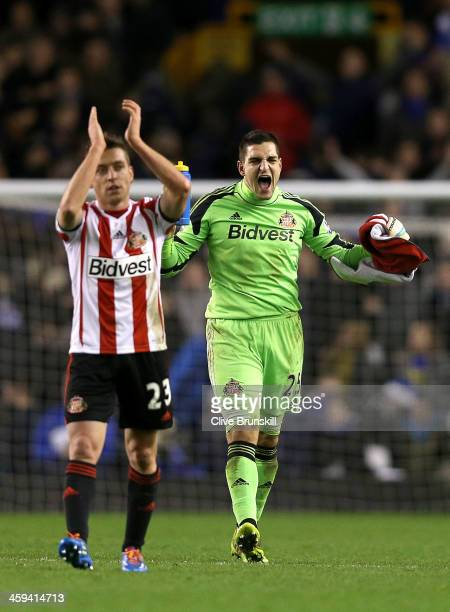 Vito Mannone of Sunderland celebrates at the final whistle during the Barclays Premier League match between Everton and Sunderland at Goodison Park...