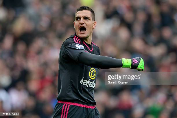 Vito Mannone of Sunderland celebrates his team's third goal during the Barclays Premier League match between Sunderland and Chelsea at the Stadium of...