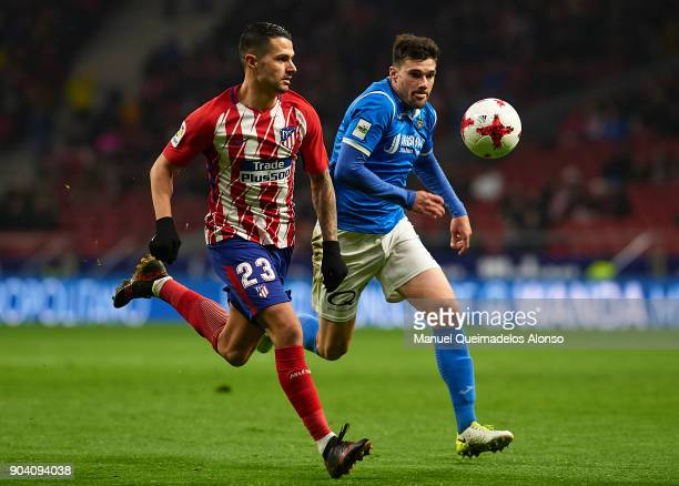 Vitolo of Atletico de Madrid runs with the ball during the Copa del Rey Round of 16 second Leg match between Atletico de Madrid and Lleida on January...