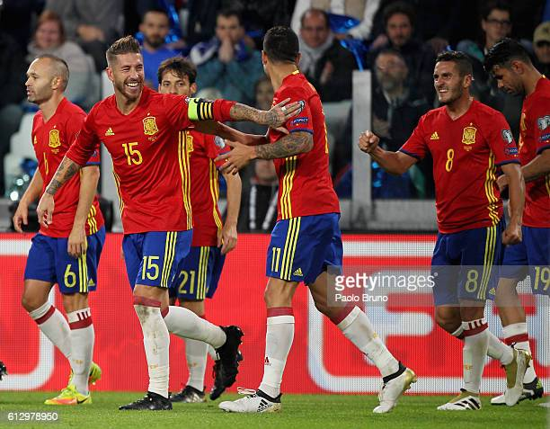 Vitolo with his teammates of Spain celebrates after scoring the opening goal during the FIFA 2018 World Cup Qualifier between Italy and Spain at...