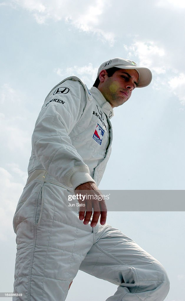 'Vitor Meira during IndyCar - 2004 Bridgestone Indy Japan 300 - Day 3 - Opening Ceremony - Pit Lane at Twin Ring Motegi Super Speedway in Motegi, Japan. (Photo by Jun Sato/WireImage)'