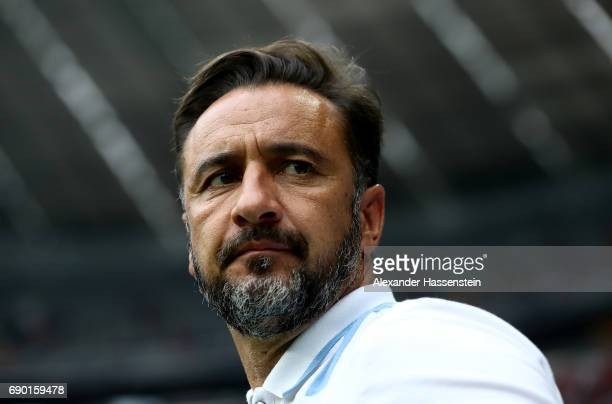 Vitor Pereira head coach of 1860 Muenchen reacts during the Second Bundesliga Playoff second leg match betweenTSV 1860 Muenchen and Jahn Regensburg...