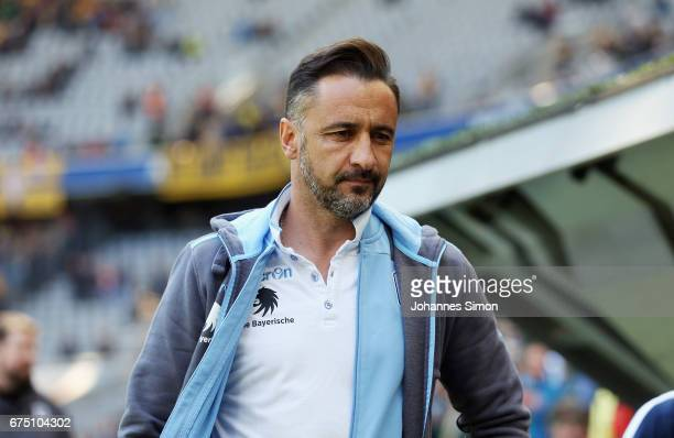Vitor Pereira head coach of Muenchen arrives for the Second Bundesliga match between TSV 1860 Muenchen and Eintracht Braunschweig at Allianz Arena on...