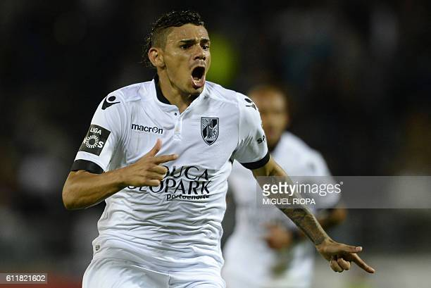 Vitoria Guimaraes' Brazilian forward Soares celebrates after scoring a goal during the Portuguese league football match Vitoria FC vs Sporting CP at...