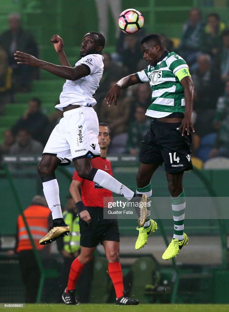 Vitoria GuimaraesÕ forward Moussa Marega with Sporting CPÕs midfielder William Carvalho from Portugal in action during the Primeira Liga match between Sporting CP and Vitoria Guimaraes at Estadio Jose Alvalade on March 5, 2017 in Lisbon, Portugal.
