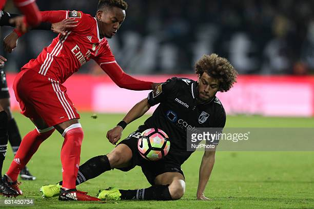 Vitoria SC's Portugues midfielder Joao Pedro vies with Benfica's Peruvian forward Andre Carrillo during the League Cup 2016/17 match between Vitoria...