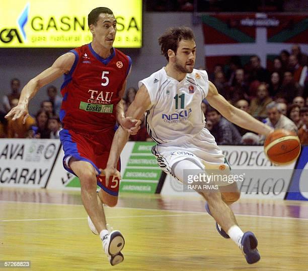 Tau Ceramica's Argentinian Pablo Pigrioni vies with Panathinaikos' Vasileios Spanoulis during their Euroleague quarterfinal second leg basketball...