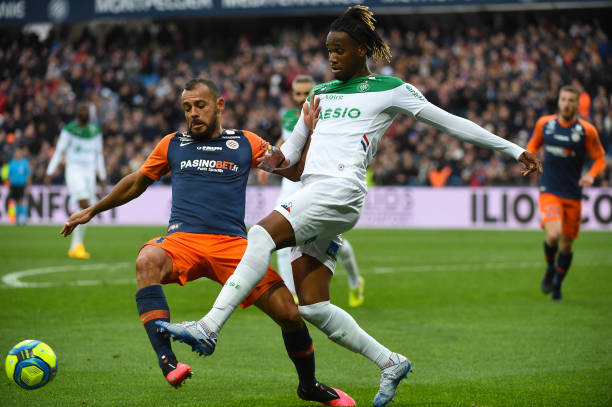 MHSC -EQUIPE DE MONTPELLIER -LIGUE1- 2019-2020 - Page 5 Vitorino-hilton-of-montpellier-and-charles-abi-of-saintetienne-during-picture-id1199655335?k=6&m=1199655335&s=612x612&w=0&h=YYHn8FmT8NPNZQ5OBNAJz7CQaENyXN0vAQWyVrXRBxI=