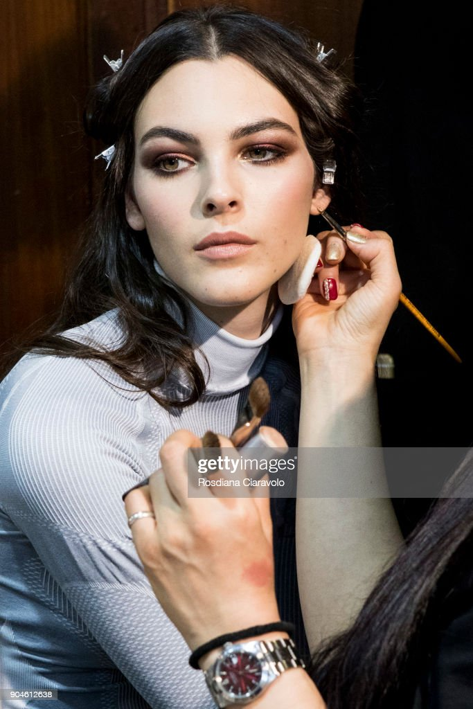 Vittoria Ceretti is seen ahead of the Versace show during Milan Men's Fashion Week Fall/Winter 2018/19 on January 13, 2018 in Milan, Italy.