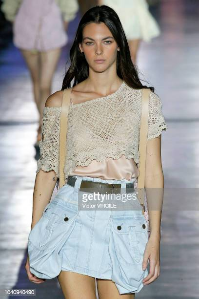 Vittoria Ceretti walks the runway at the Alberta Ferretti Ready to Wear fashion show during Milan Fashion Week Spring/Summer 2019 on September 19...