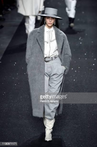 Vittoria Ceretti walks the runway at the Alberta Ferretti show at Milan Fashion Week Autumn/Winter 2019/20 on February 20, 2019 in Milan, Italy.