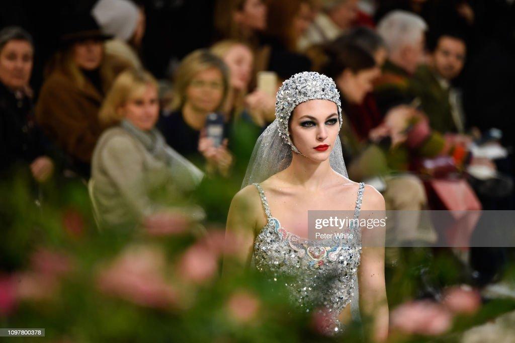 Chanel : Runway - Paris Fashion Week - Haute Couture Spring Summer 2019 : ニュース写真