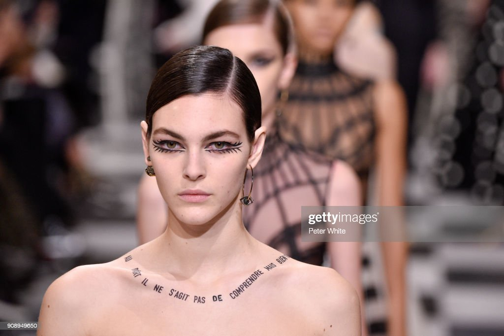 Christian Dior : Runway - Paris Fashion Week - Haute Couture Spring Summer 2018 : News Photo