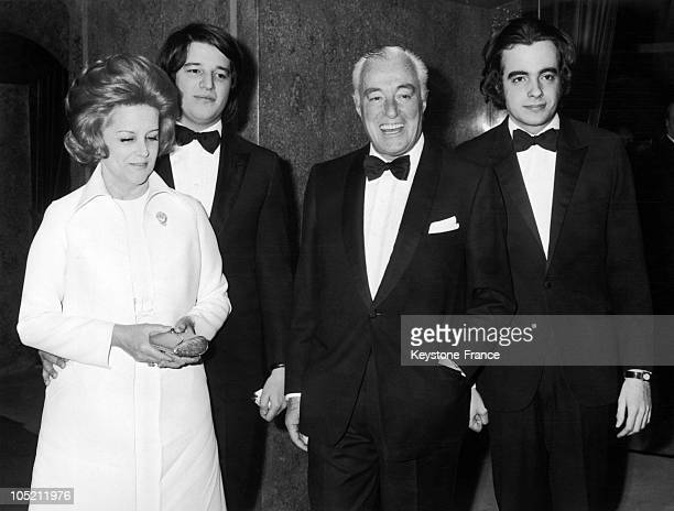 Vittorio De Sica With His Wife Maria Mercader And Their Two Sons Christiano And Manuel At The Premiere Showing Of His Last Film Les Fleurs Du Soleil...