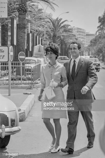 Vittorio Gassman et Juliette Mayniel lors du Festival de Cannes le 12 mai 1966 France