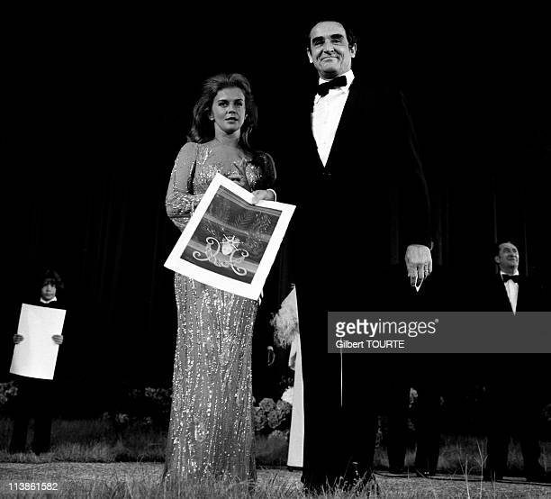 Vittorio Gassman with Agostina Belli actor in the movie Scent of a Woman received the best Actor award in Cannes France
