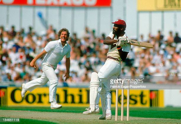 Viv Richards hooks Ian Botham for 4, England v West Indies, 5th Test, The Oval, August 1984.