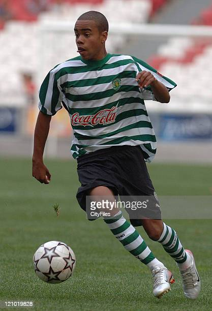 Vivaldo Arrais during the Portuguese Under18 Championship match between SL Benfica and Sporting Lisbon on June 7 2007
