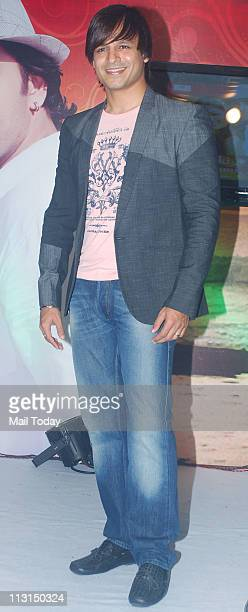 Vivek Oberoi at the launch of 'Ek Ladki Shabnmi Jaisi' album