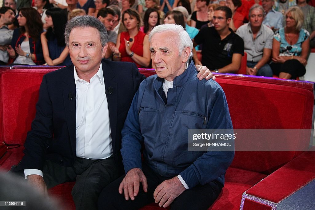 'Vivement Dimanche' Tv Show In Paris, France In September, 2010- : News Photo
