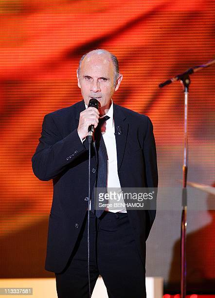 'Vivement Dimanche' Tv Show In Paris, France On May 21, 2008 - Guy Marchand.