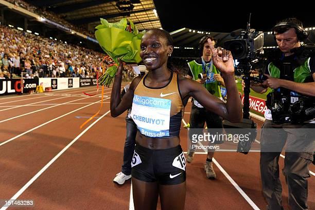 Vivian Jepkemoi Cheruiyot of Kenya celebrates winning the women's 5000M race on the 14th and last leg of the Samsung Diamond athletics league during...