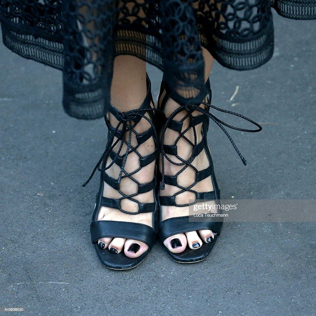 Geppert feet viviane 🥇 Viviane