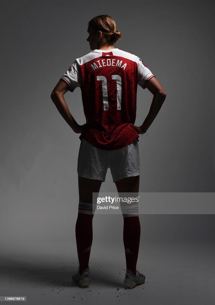 Arsenal Women Photocall : News Photo
