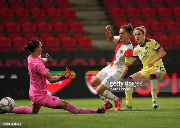 Vivianne Miedema of Arsenal FC scores their team's second goal during the UEFA Women's Champions League match between SK Slavia Prague Women and...