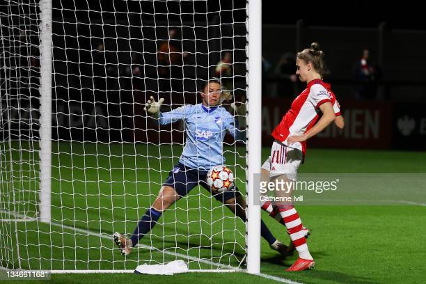 Vivianne Miedema of Arsenal Women FC scores his team's third goal during the UEFA Women's Champions League group C match between Arsenal WFC and 1899...