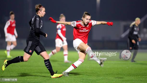 Vivianne Miedema of Arsenal Women shoots during the UEFA Women's Champions League Round of 16 Second Leg match between Arsenal Women and SK Slavia...