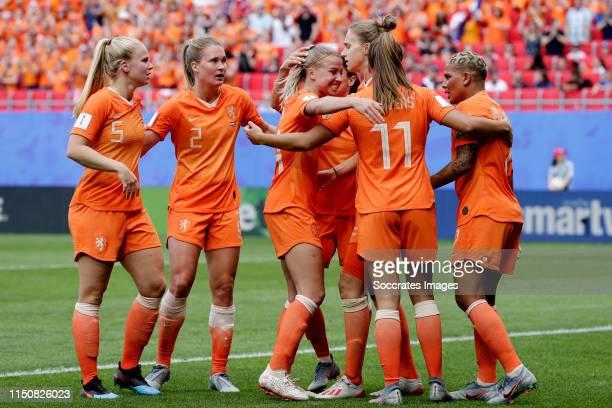 Vivianne Miedema of Holland Women Celebrates 1-0 with Kika van Es of Holland Women, Desiree van Lunteren of Holland Women, Jackie Groenen of Holland...