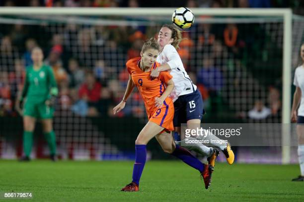 Vivianne Miedema of Holland Women Ingrid Schjelderup of Norway Women during the World Cup Qualifier Women match between Holland v Norway at the...