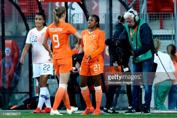 Vivianne Miedema of Holland Women Lineth Beerensteyn of Holland Women during the International Friendly Women match between Holland v Chile at the...