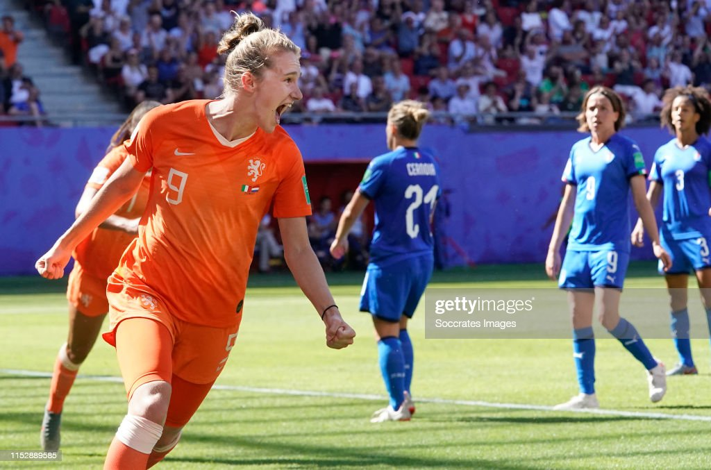 Italy  v Holland  -World Cup Women : News Photo
