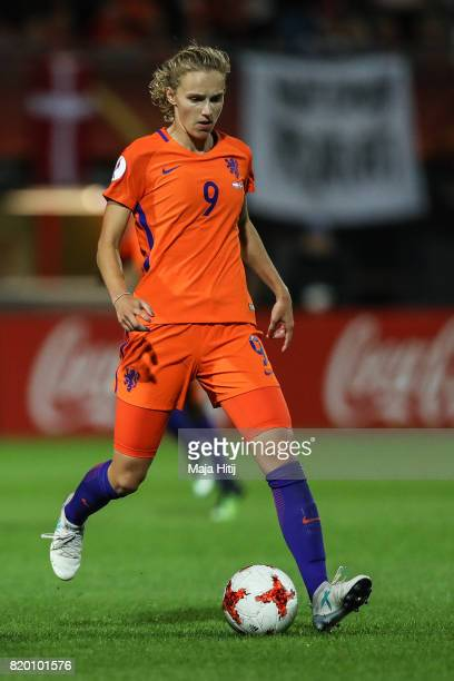 Vivianne Miedema of the Netherlands controls the ball during the UEFA Women's Euro 2017 Group A match between Netherlands and Denmark at Sparta...