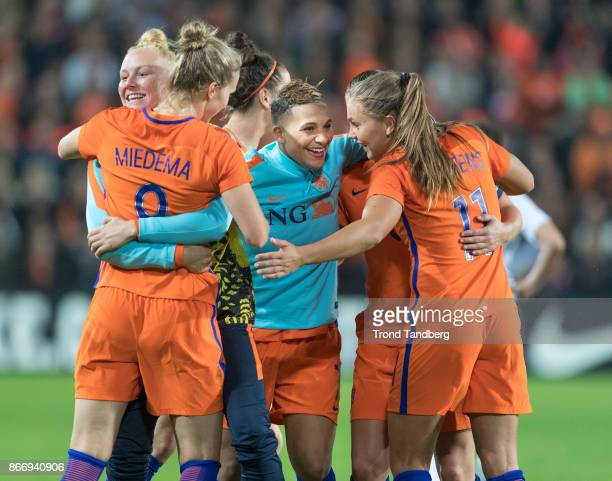Vivianne Miedema Shanice van de Sanden Lieke Martens of Netherland during the FIFA 2018 World Cup Qualifier between Netherland and Norway at...