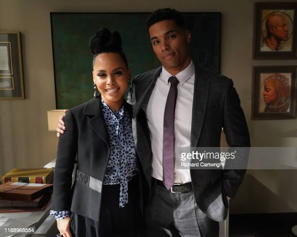 MURDER Vivian's Here As Michaela Asher and Connor gear up for their last semester of law school they take on a weighty case involving an illegal...