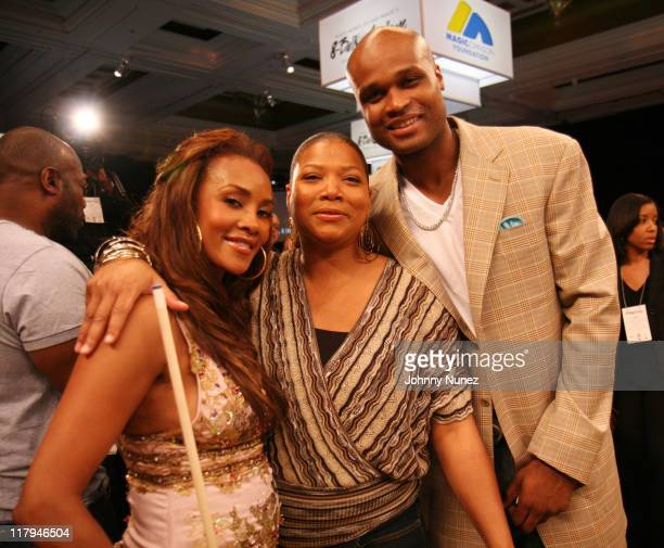 Vivica A Fox Queen Latifah and Antoine Walker during Boost Mobile's Zo and Magic Johnson 8Ball Challenge Celebrity Pool Tournament at Wynn Las Vegas...