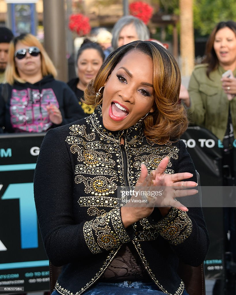 Vivica A. Fox visits 'Extra' at Universal Studios Hollywood on December 6, 2016 in Universal City, California.