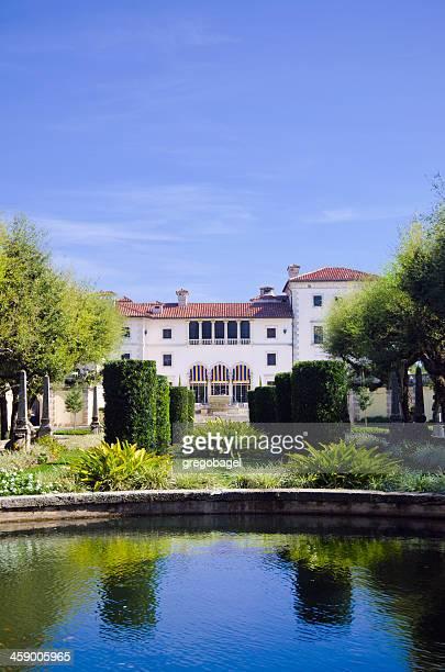 ビスカヤ博物館と庭園と池にフロリダ州マイアミ)