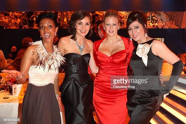 Dennenesch Zoude, Nadine Warmuth, Barbara Schöneberger Und Simone Thomalla Bei Der 61. Bambi Verleihung In Der Metropolishalle Des Filmparks...