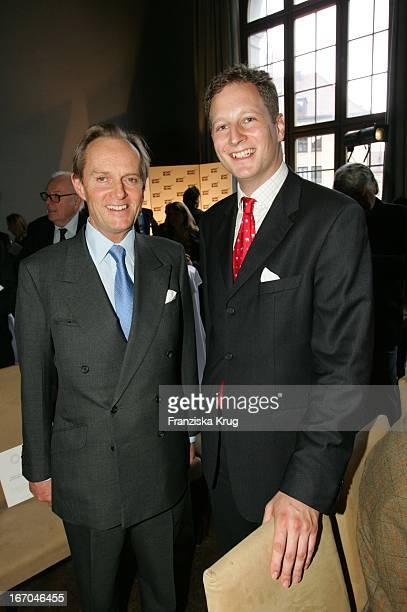Lord Douro Und Georg Friedrich Prinz Von Preussen Bei Der Verleihung Des Montblanc De La Culture Arts Patronage Award 2005 Im Lenbach In München