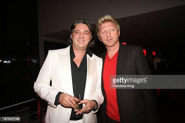 Vl Reinhard Haas Und Boris Becker Bei Der Verleihung Der Gq Men Of The Year Awards In Der Wappenhalle In München Am 041105