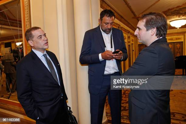 Vlade Divac GM of the Sacramento Kings and Scott Perry GM of the New York Knicks talk during the 2018 NBA Draft Lottery at the Palmer House Hotel on...
