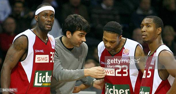 Vladimir Bogojevic head coach of Giessen speaks to Maurice Jeffers David Teague and Lorenzo Williams during the Beko Basketball Bundesliga game...