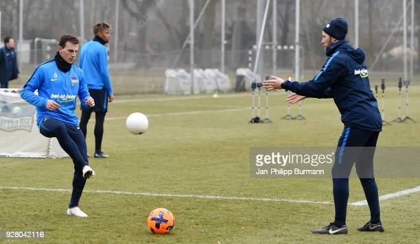 Vladimir Darida and athletic trainer Hendrik Vieth of Hertha BSC during the training session at the Schenkendorfplatz on march 6 2018 in Berlin...